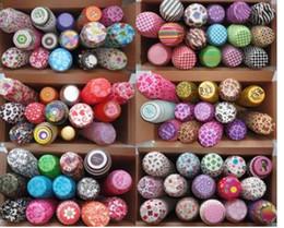 Surtido de 30 bolas de muffins de papel de la magdalena de la taza de la hornada de la celebración de días festivos