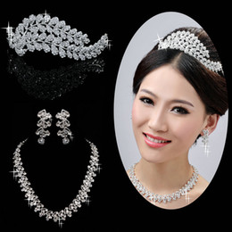 Wholesale Spectacular New Design Bridal Tiatas And Trimming Bridal Necklaces and Wedding Earrings