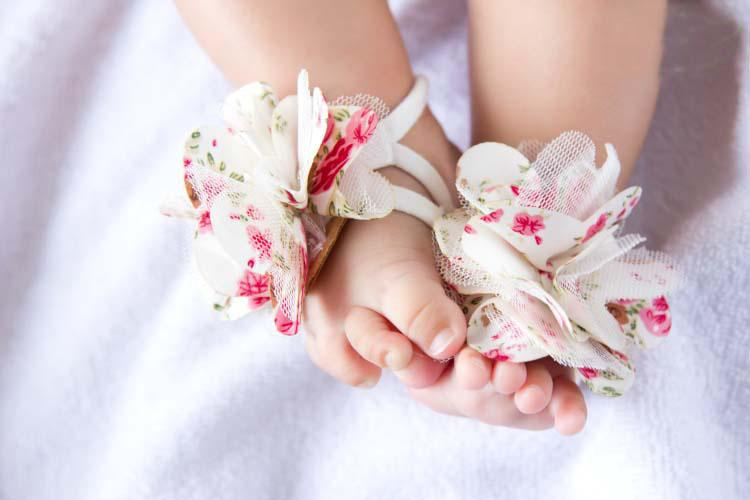 Top Baby Feet Accessories Foot Flower Infants Sandals Baby ...