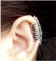 Wholesale Europe and the United States Punk Skull vertebral bone clip Earrings wind without piercing the ear c
