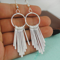 Wholesale Fashion Girls Chic Design Earrings Elegant Silver Plated Tassel Earrings All Matched Hoop Earrings pairs E078
