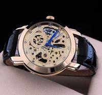 Relojes ENVÍO GRATIS mejores deportes de calidad de los hombres automáticos calientes del reloj de pulsera de cuero de moda reloj reloj mecánico de los hombres del estilo de relojes de lujo