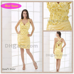 Wholesale Light Yellow D Handmade Flower with Beaded Spaghetti Strap Sheath Homecoming Dress Real Image HX31
