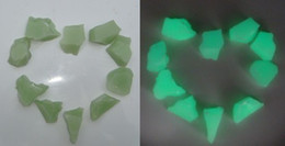 10-15mm  glow in the dark pebble glow chips in the dark highest luminance thre sizes for garden and Walkway Fish Tank Decor