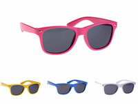 Wholesale Fashion Kids Sunglasses Colourful Rivets Children Glasses age colours
