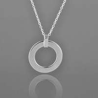 Wholesale Impressive Fashion silver circle pendant necklace with silver chain QSN190