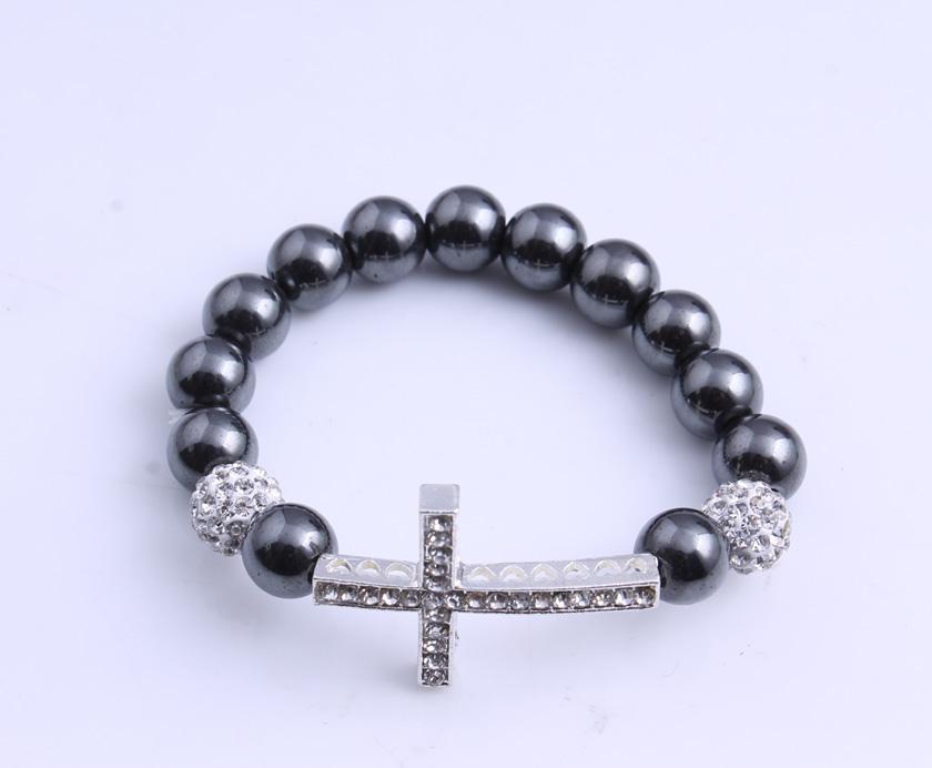 Beaded Sideways Cross Bracelet de Sideways Cross Bracelet