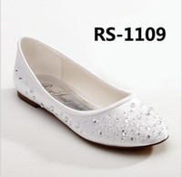 Wholesale New diamond bride shoes sweet bead white wedding shoes comfortable flats gravida dress dancing shoes