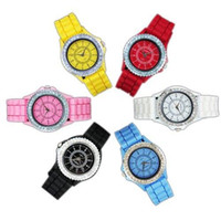 Wholesale S5Q Geneva Crystal Quartz Lady Women Wrist Watch Soft Wheel Silicone Wristband AAAAXN