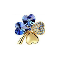Wholesale Newest style Lucky clover Crystal brooch