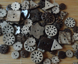 Coconut buttons Mixed sale buttons craft sewing buttons wooden FREE SHIPPING