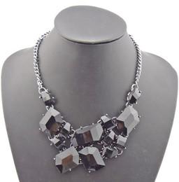 New Chunky Gun Black Chain Candy Resin Geometry Drop Pendants Golden Bib Necklace Jewelry