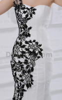 Beach wedding black and white - Black and White Wedding Dresses One Shoulder Lace Flowers Fit N Flare Tulle Bridal Gowns dhyz