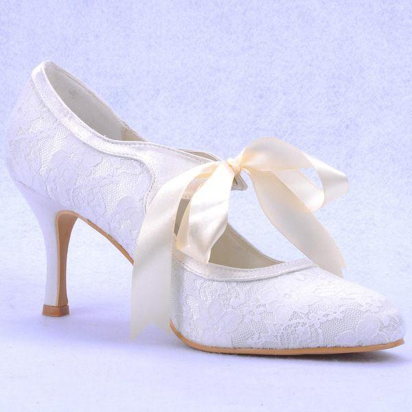 Lace Ribbon Women Wedding Shoes Closed Toe Round Toe Graduation