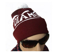 Wholesale Diamond PInk dolphin pom beanies knit hat snapback hats winter mlbs port teams hats fashion caps