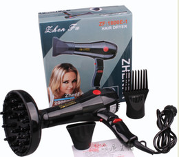 Wholesale best quality Hair Dryer ZF1800 Hair Dryers with tuyeres and comb Tuyere as gift retail box