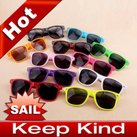 Wholesale 2012 New Swept the world Retro non mainstream sunglasses lovely popular sunglasses special sun glas