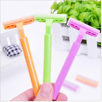 Wholesale brand razor armpit hair knife armpit hair shave wool implement send spare blade of about g ADS