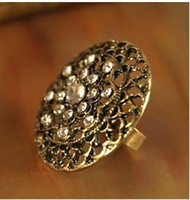 Party antique christmas china - The New Antique Gold Womens Ring Hollow Flower With Diamond Rings Christmas Jewelry