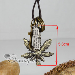 hemp leaf jewelry gothic leather necklace Fashion pendant necklace