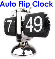 Wholesale Retro Modern Metal Scale Digital Auto Flip Single Stand Metal Desk Table Clock