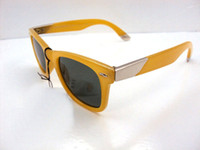 Wholesale Christmas sales Men s Sunglasses Classic style Sunglass Yellow Frame Green Lens