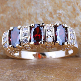 3-stone Oval Red Garnet Women Cocktail Ring Size 8 Gold Filled Jewelry GF J7466