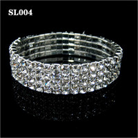 Wholesale 2015 New Arrival Bridal Favor Pretty Rounds Clear Crystals Bridal Bracelet Wedding Accessory Fast Delivery