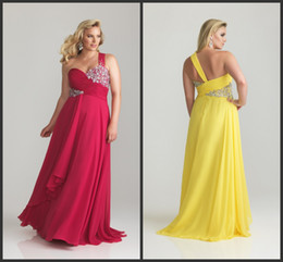 Wholesale Chic One Shoulder Sheath Plus Size Prom Dress Sweetheart Chiffon Rhinestone Pleats Brush Gown P6768W