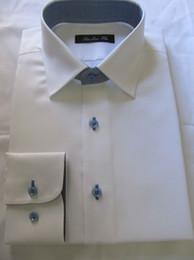 Wholesale CUSTOM MADE TO MEASURE MEN SHIRTS BESPOKE LONG SLEEVE cotton business men DRESS SHIRTS WHITE SHIRT WITH CONTRASTING BLUE BUTTONHOLES