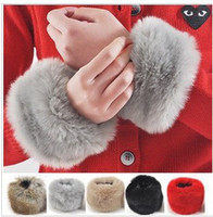 Wholesale 10pairs Elegant gloves Luxury Clothing gloves for women Artificial Rabbit fur gloves Cuff color