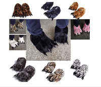 Wholesale Fashion Animal Paw Slippers Warm Soft Adorable Winter indoor