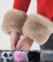 Wholesale 6pcs Elegant gloves Luxury Clothing gloves for women Artificial Rabbit fur gloves Cuff color