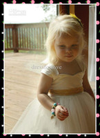 Wholesale Beautiful Flower Girl Dresses Ball Gown Square Ankle Length Ivory Tulle Girl Dress