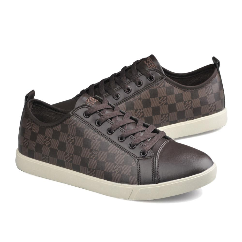 brown tennis shoes for