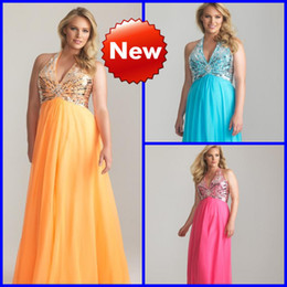 Wholesale Custom Made Chiffon Bling Sequins Beading Halter Sexy Plus Size Special Occasion Prom Dresses
