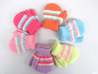 Wholesale Children Coral fleece gloves Baby cute thicken mittens Winter warm glove Baby cartoon mitten