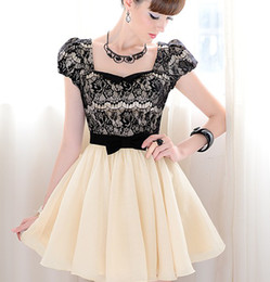 Wholesale Resale Lady Hubble bubble Short Sleeve Dress Square Collar Lace Design with Bow