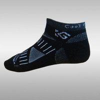 Wholesale Professional design soft wear men s coolmax quick dry cycling socks sport socks
