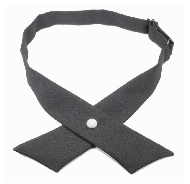 Alternatively, many standard bow ties don't fit comfortably around a larger man's neck, so this approach is great to know. Keep in mind that the width of the normal tie you choose will influence the size of the resulting bow tie.