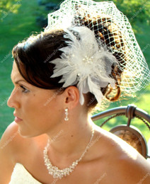 Wholesale Aritificial Wool Tulle Bridal Veil White Beaded Bridal Headwear with Handmade Flower