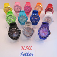 Casual Unisex Auto Date 12 Colors HOT Candy Date Colorful 43mm Jelly Watch Quartz Ladies Women's Mens Men's Luxury Watches