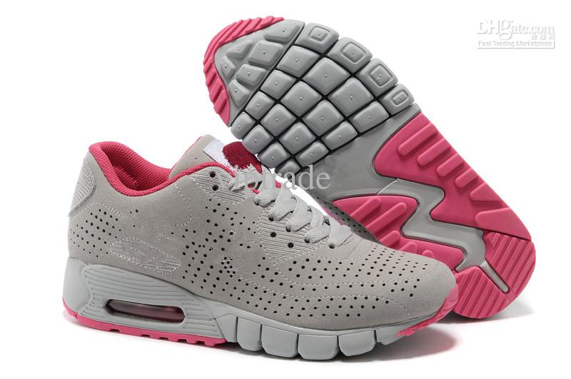 Athletic womens shoes