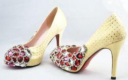 Wholesale Manual wedding shoe jewel shoe single shoes red crystal shoe heels waterproof table wedding shoe par