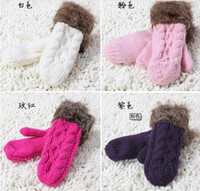 Wholesale Upset warm twist PI cao hang neck even refers to wool gloves