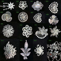 Wholesale In stock OFF Fashion Diamond crystal floral pin brooch bridesmaid flower girl Bride wedding