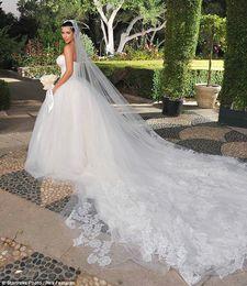 Kim Kardashian Long Train Strapless Beautiful Tulle Wedding Bridal Dress WD179