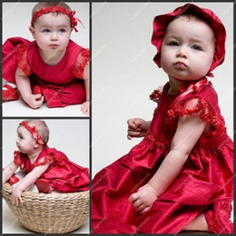 Wholesale Red Babies First Communion Dresses Lace Sleeve Scoop Neck Ankle Length Christening Gowns
