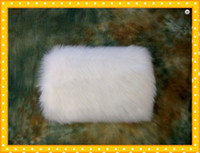 Wholesale 2012 Best Selling Hot Sales White Faux Fur Winter Wedding Muffs Online Store Sales