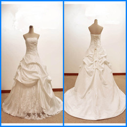 Real photo Custom Made Ivory Wedding dress Strapless Lace Applique Taffeta Pleated lace up back Bridal Wedding Dress